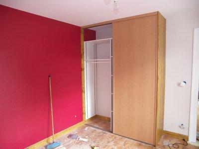 Chambre a coucher isolation placo fibre peinture plinthes for Peinture placard
